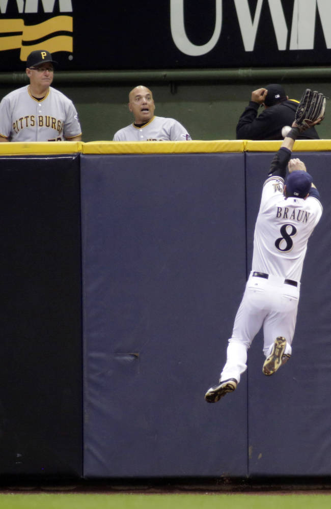 Harrison homers, drives in 5, Pirates beat Brewers