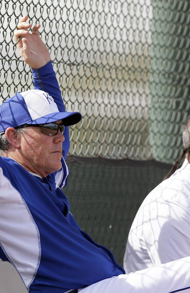 Royals hope Cain can remain healthy in 2014