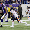 Minnesota Vikings wide receiver Cordarrelle Patterson, left, runs from Chicago Bears defenders Tim Jennings (26) and Chris Conte (47) for a 33-yard touchdown run in the first half of an NFL football game, Sunday, Dec. 1, 2013, in Minneapolis The Associate