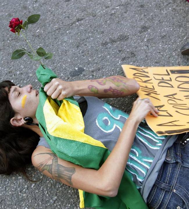Protesters back in streets of Brazilian cities