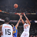 PHOENIX, AZ - NOVEMBER 9: Gerald Green #14 of the Phoenix Suns shoots over Shaun Livingston #34 of the Golden State Warriors on November 9, 2014 at U.S. Airways Center in Phoenix, Arizona. (Photo by Barry Gossage/NBAE via Getty Images)