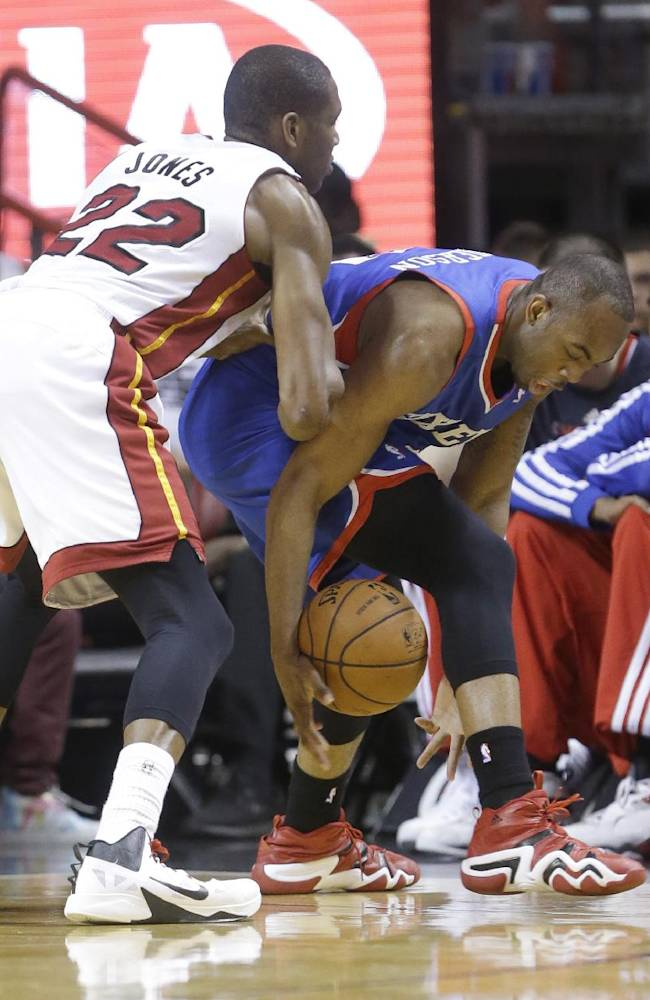 76ers top resting Heat in finale, 100-87