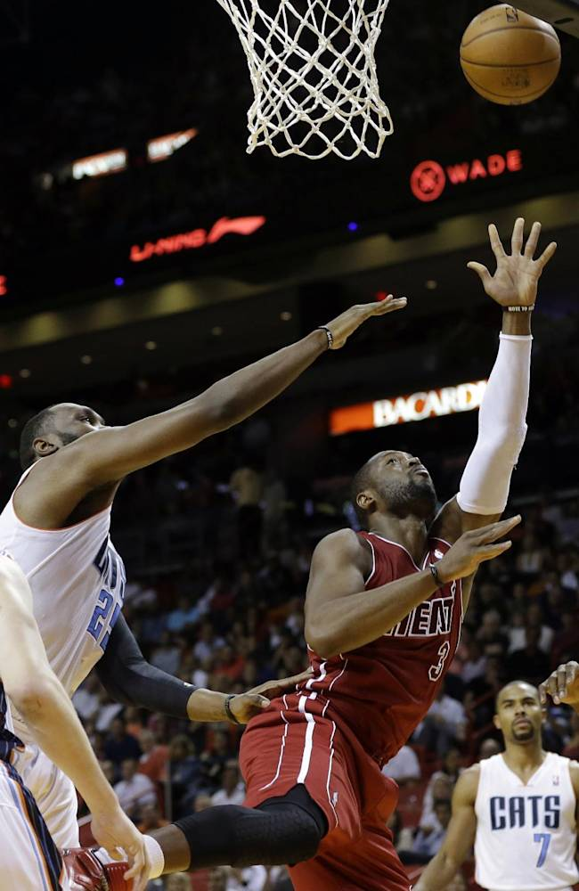 Wade (soreness) out for Heat against Pistons