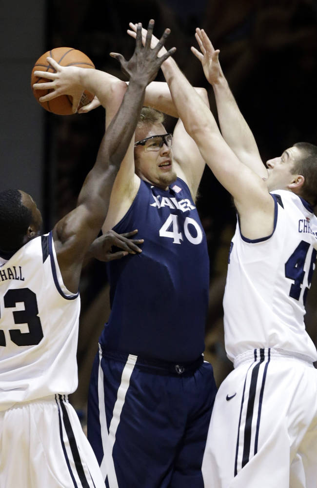 Xavier cleans up with sweep of Butler 64-50