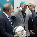 Suh to Miami, Bulaga to Packers in free agency The Associated Press