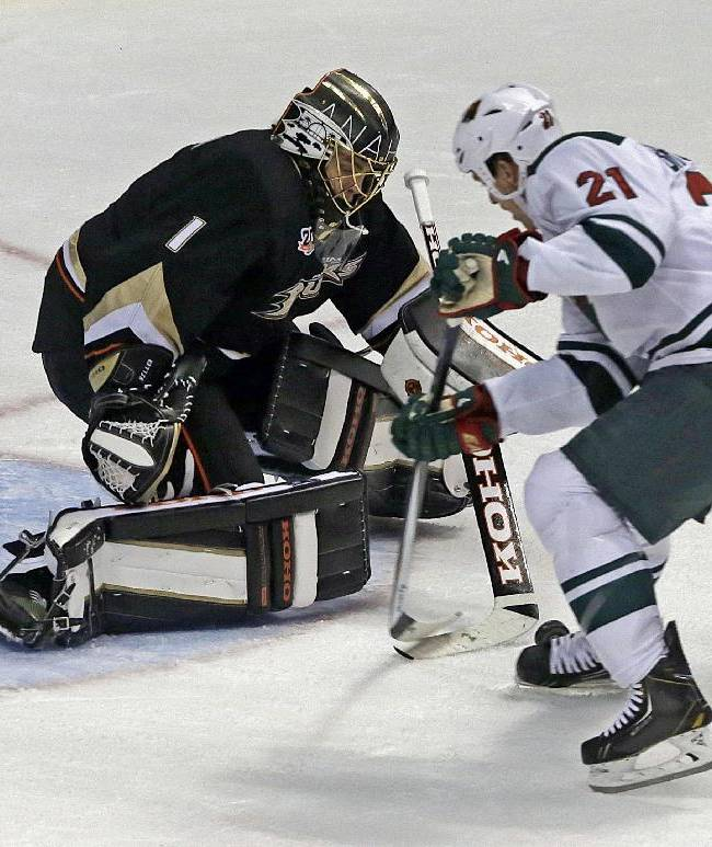 Parise's 3 points lead Wild to 4-2 win over Ducks