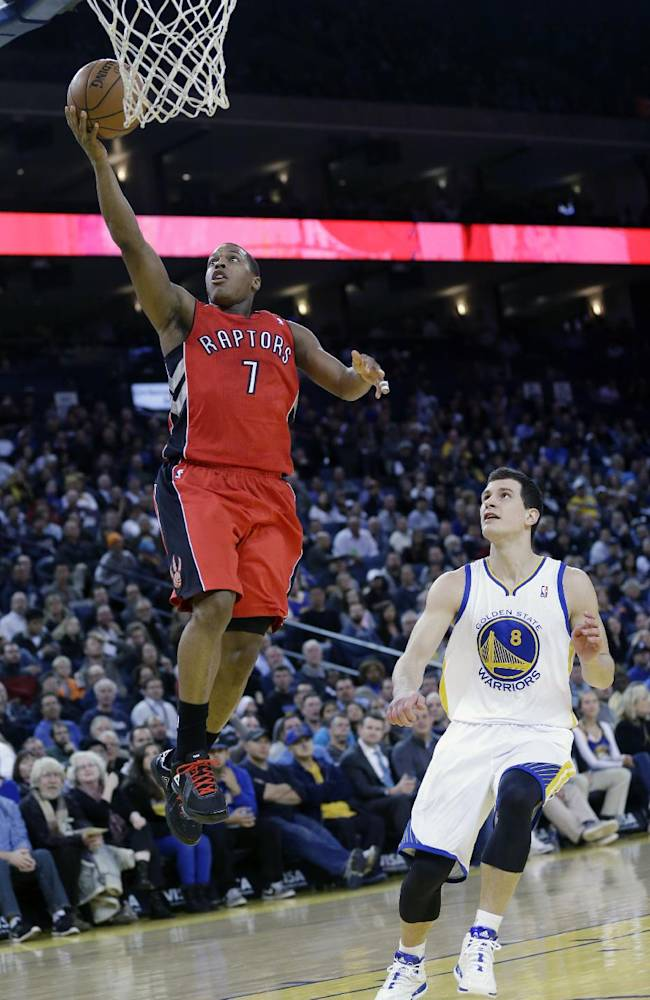 Warriors rally from 27 down to top Raptors 112-103