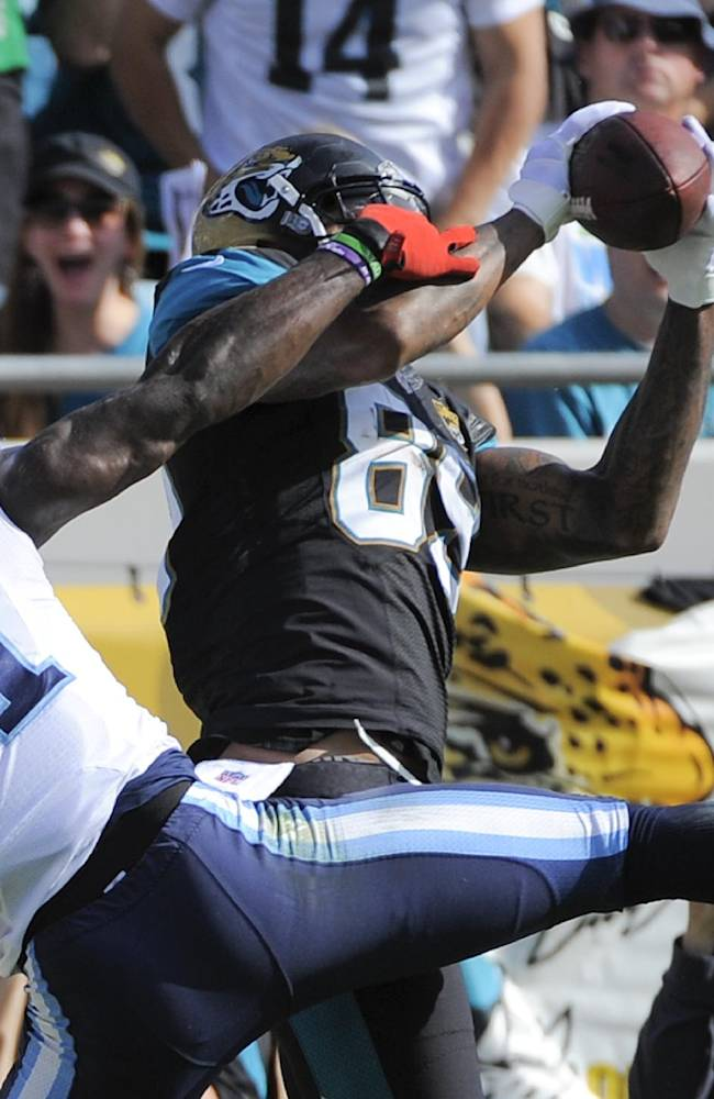 Jaguars TE Lewis making case to return in 2014