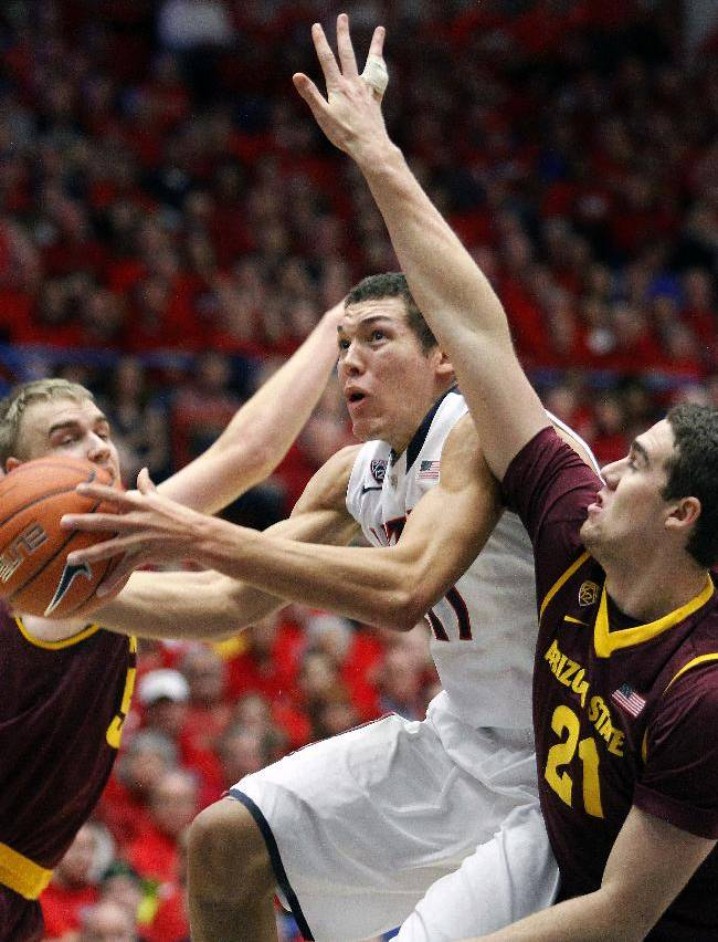 No. 1 Arizona blows out rival Arizona State 91-68