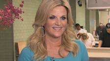 Trisha Yearwood Talks Keeping The Weight Off While Filming 'Trisha's Kitchen' Season 3