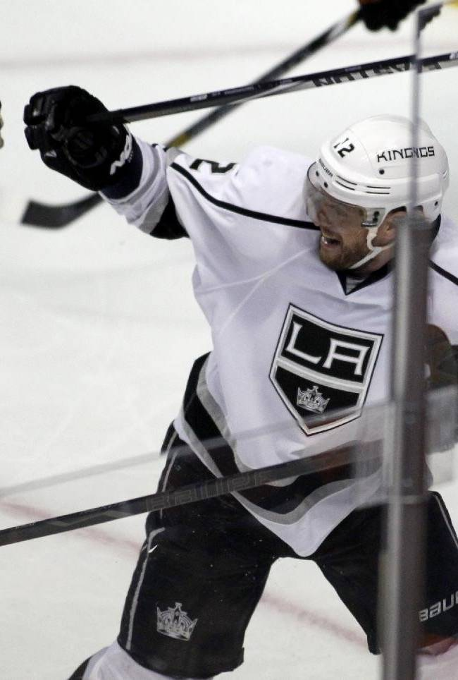 Kopitar leads Kings' dominance of Ducks so far