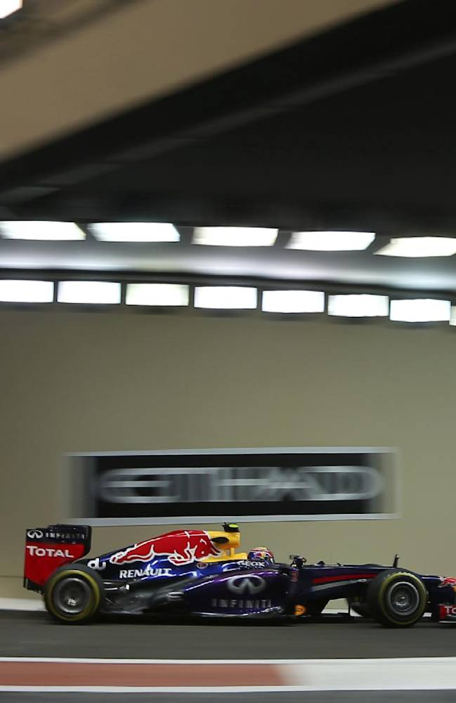Mark Webber takes pole position at Abu Dhabi GP