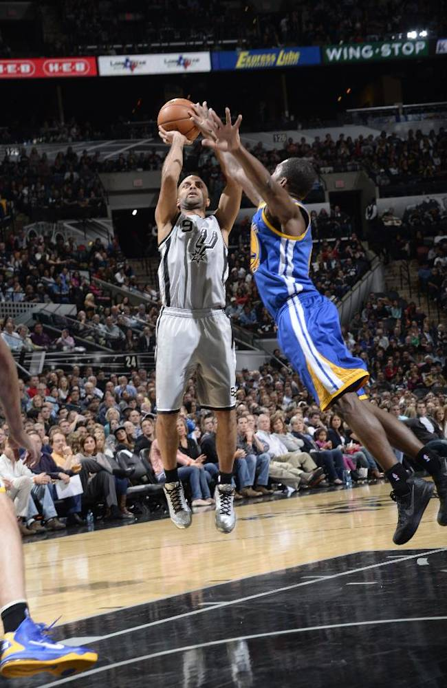 Parker scores 18, leads Spurs over Warriors 76-74