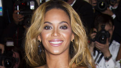 ShowBiz Minute: Beyonce, White, Fawcett
