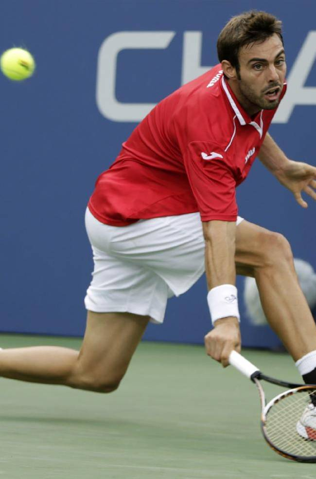 Federer loses to Robredo in 4th round of US Open