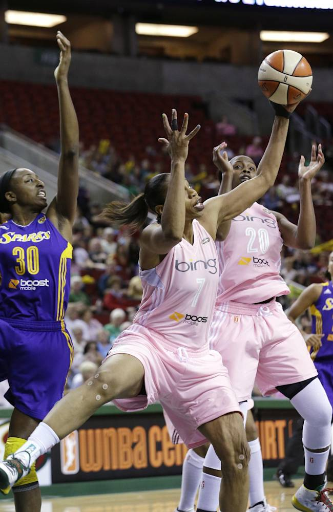 Johnson, Thompson lead Storm past Sparks