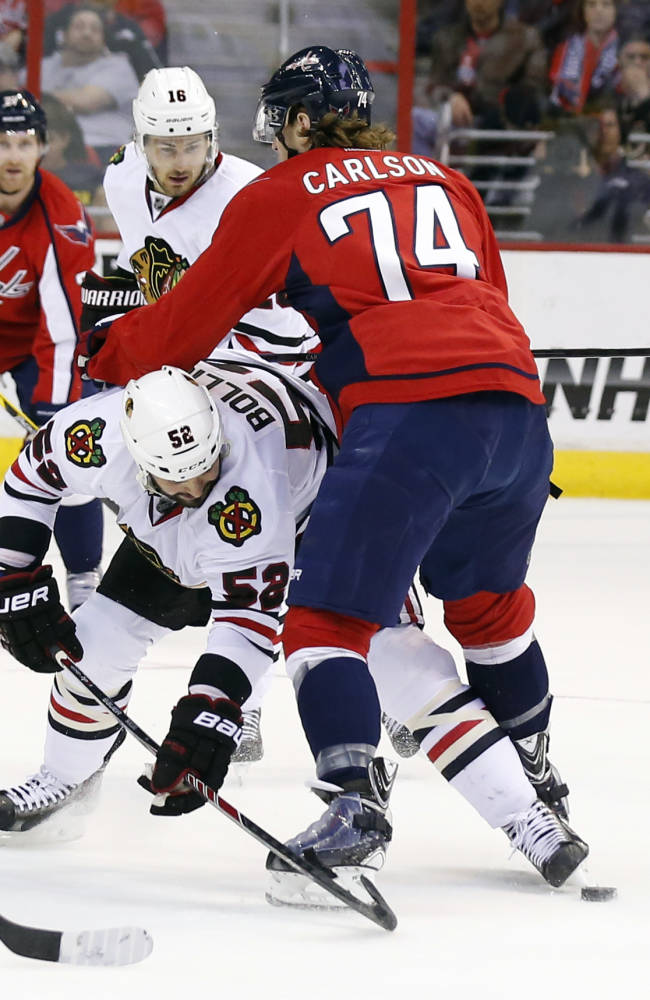 Ovi gets 51st; Caps top coasting Blackhawks 4-0