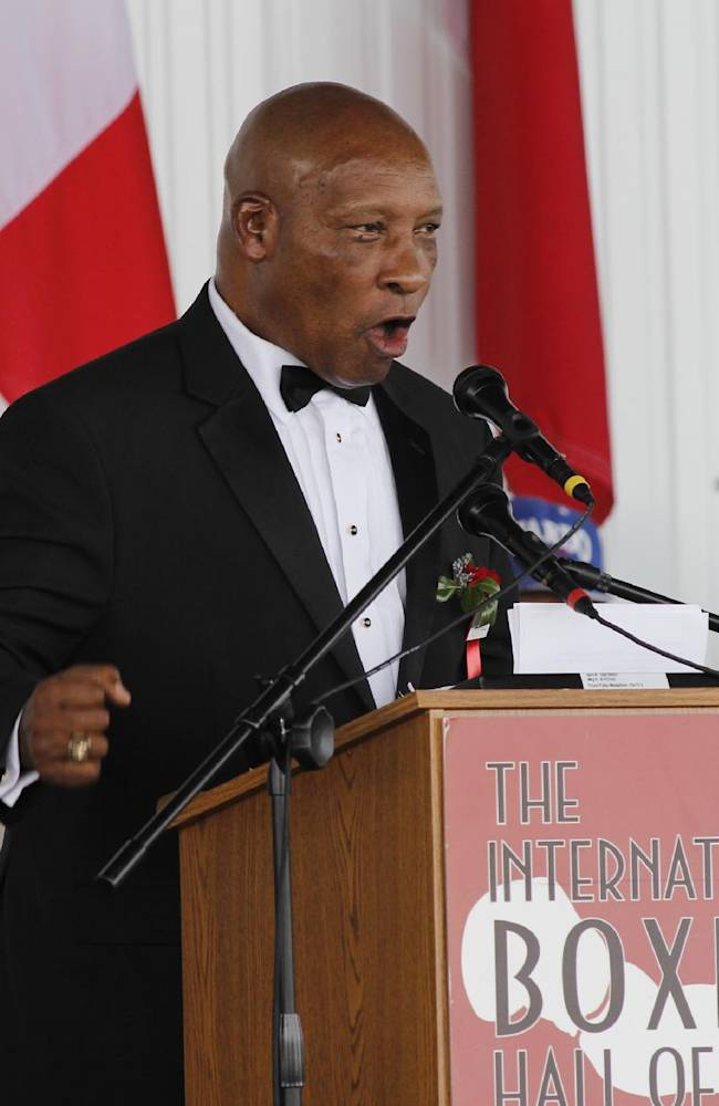 International Boxing Hall of Fame 2014 inductee Richard Steele speaks during the Hall of Fame Induction ceremony in Canastota, N.Y, Sunday, June 8, 2014