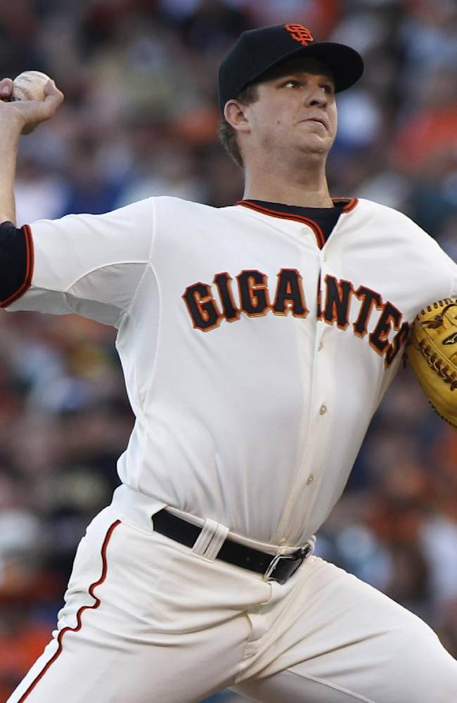 McCarthy's strong outing lifts Arizona over Giants