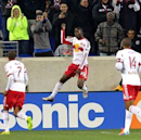 New York Red Bulls 4-0 Houston Dynamo: Henry and Wright-Phillips dismantle Houston (Goal.com)