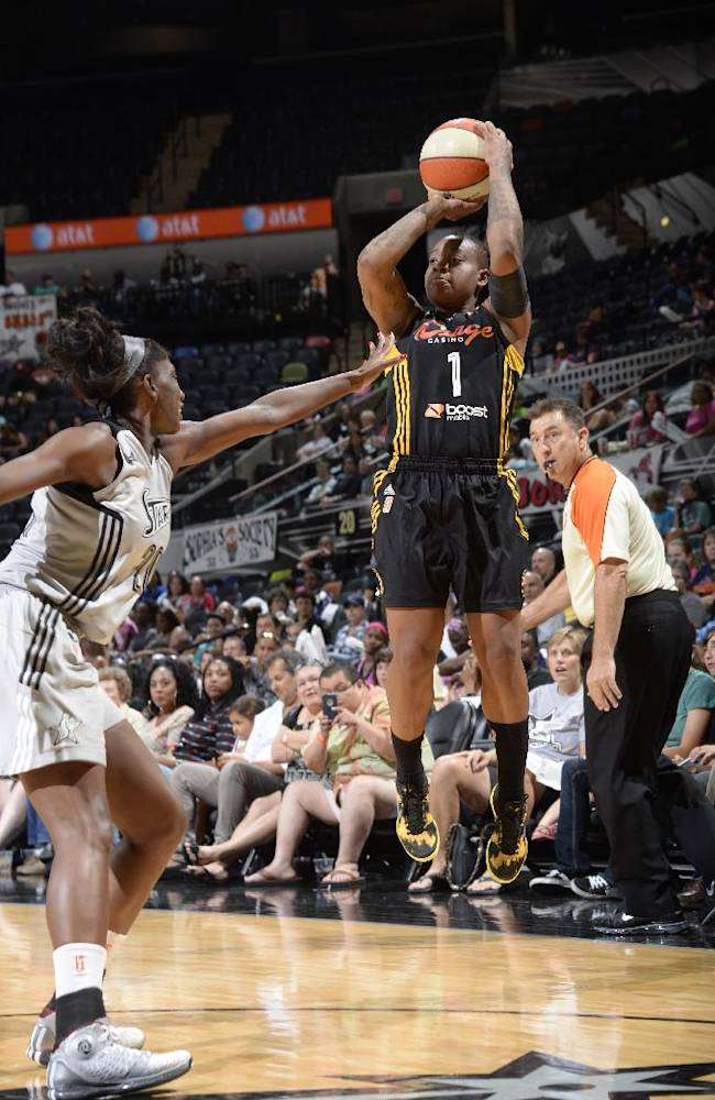 Riquna Williams sets WNBA record with 51 points