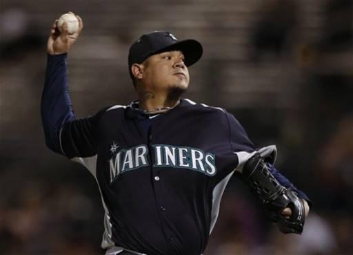 King Felix Whiffs Mariners Beat Padres