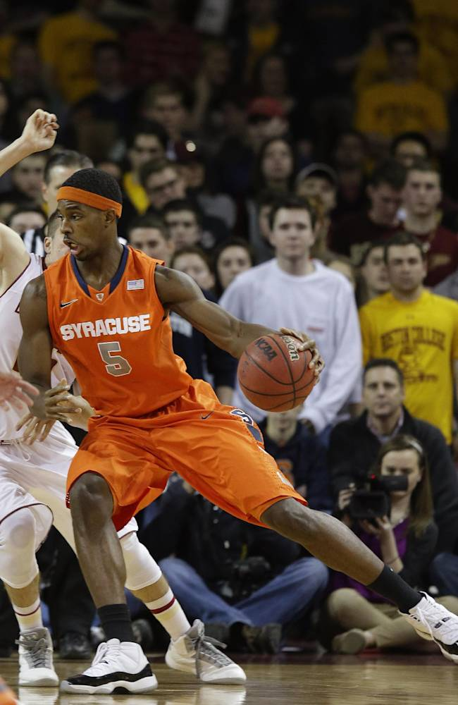 No. 2 Syracuse pulls away from BC, 69-59
