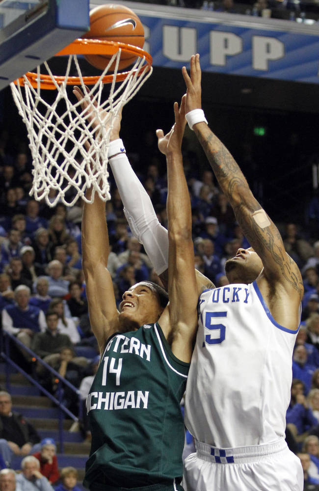 No. 3 Kentucky rips Eastern Michigan 81-63