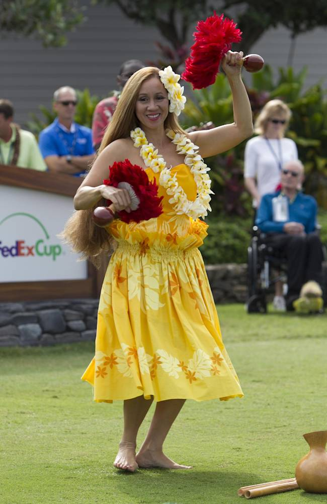 Newcomers part of 4-way tie at Kapalua
