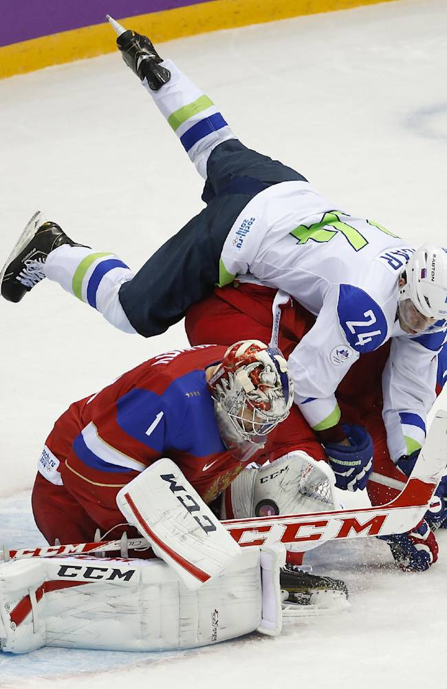 Russia to put goalie Semyon Varlamov back in net
