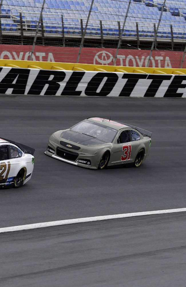 NASCAR looks for more passing in aero test