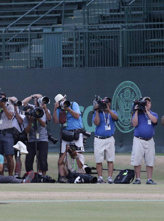 Kaymer in class of his own in 8-shot US Open rout