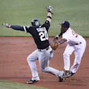 White Sox outlast Red Sox 10-8 The Associated Press