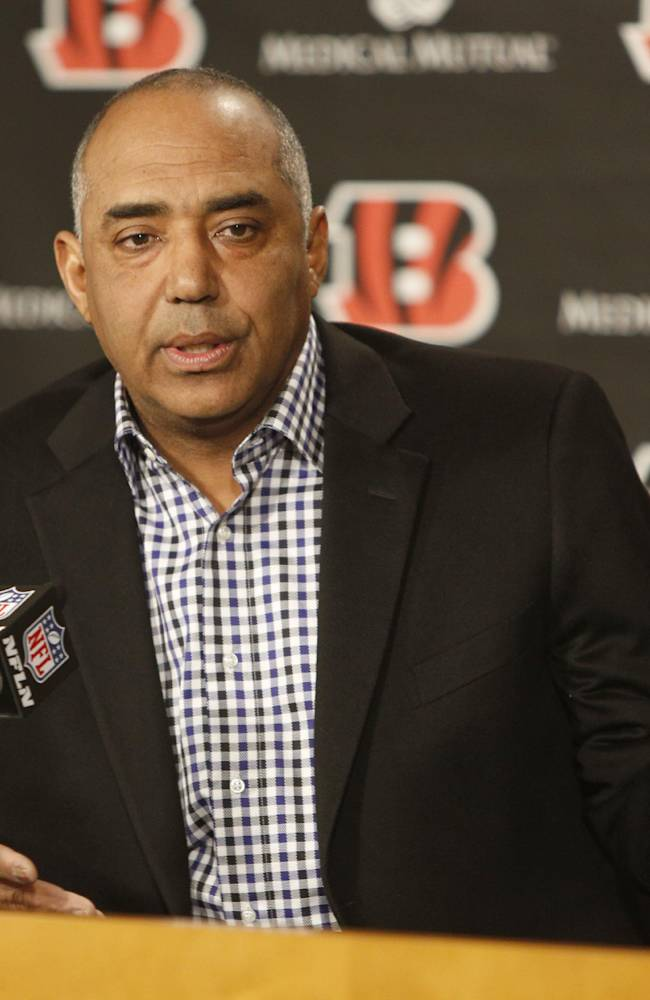 Cincinnati Bengals head coach Marvin Lewis speaks about newly named offensive coordinator Hue Jackson during a news conference, Friday, Jan. 10, 2014, in Cincinnati. Jackson replaces Jay Gruden who was named head coach of the Washington Redskins
