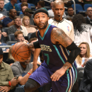 ORLANDO, FL - MARCH 1: Mo Williams #7 of the Charlotte Hornets handles the ball against the Orlando Magic on March 1, 2015 at Amway Center in Orlando, Florida. (Photo by Fernando Medina/NBAE via Getty Images)