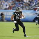 Jacksonville Jaguars middle linebacker Paul Posluszny (51) plays against the Tennessee Titans in the second quarter of an NFL football game Sunday, Oct. 12, 2014, in Nashville, Tenn. (AP Photo/Wade Payne)