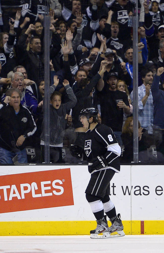 Doughty, Williams push LA Kings past Dallas, 5-2