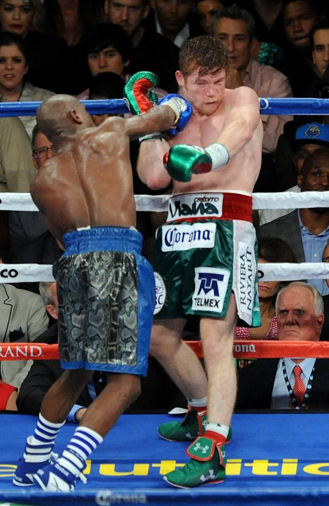 Mayweather leaves no doubt after another big win