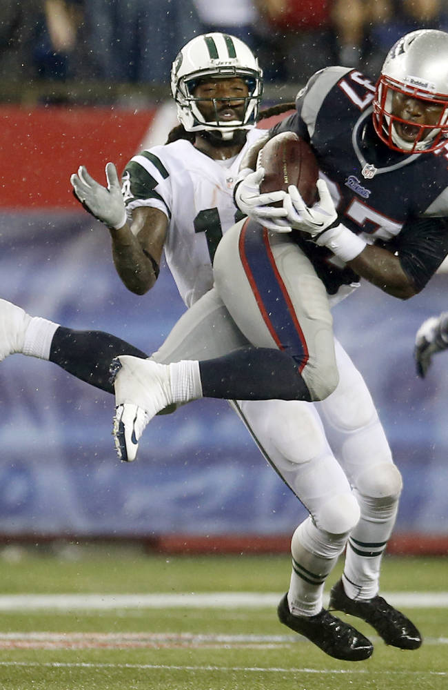 Pats' Dennard admits to violation of his probation