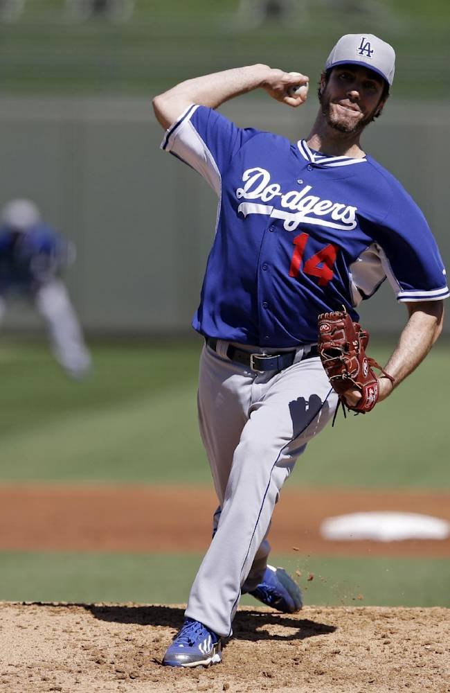 Haren effective for 4 innings; Dodgers beat Royals
