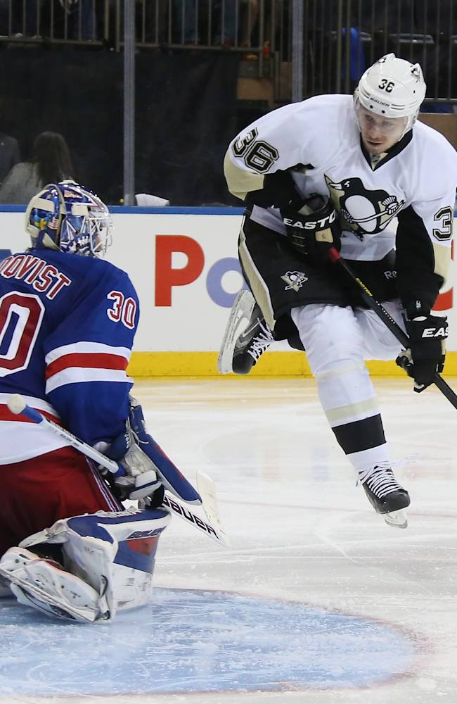 Pittsburgh Penguins v New York Rangers - Game Three