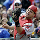 Cincinnati Reds catcher Devin Mesoraco can't