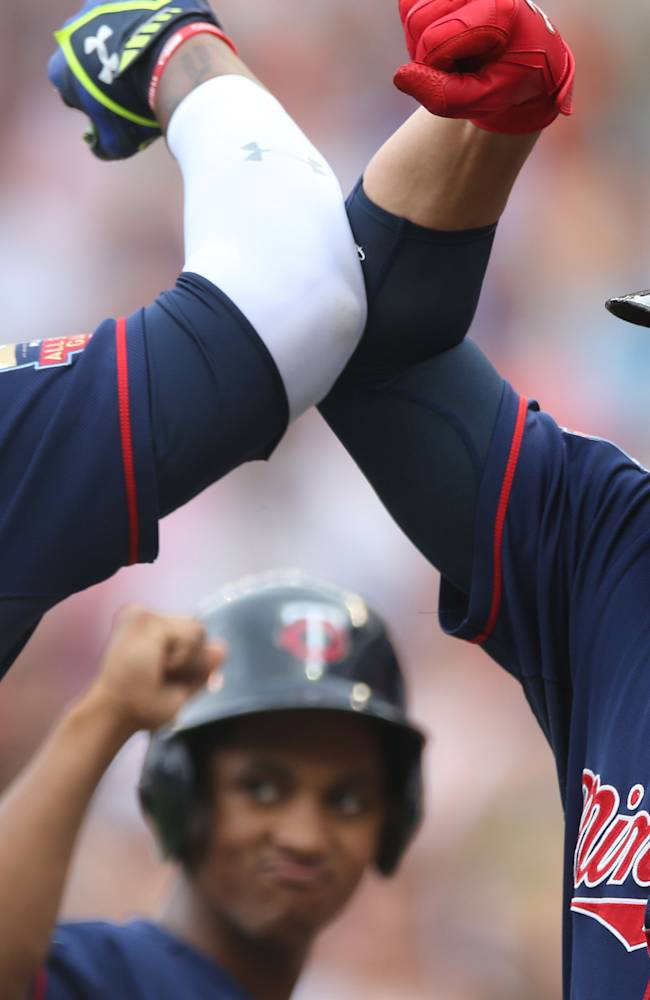 Vargas, Twins avert sweep with 4-1 win vs Indians