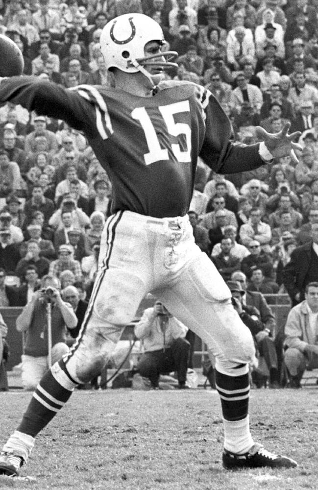 This Dec. 15, 1968 photo provided by NFL Photos shows Baltimore Colts quarterback Earl Morrall (15) throwing a pass during the Colts 28-24 victory over the Los Angeles Rams in Los Angeles, California