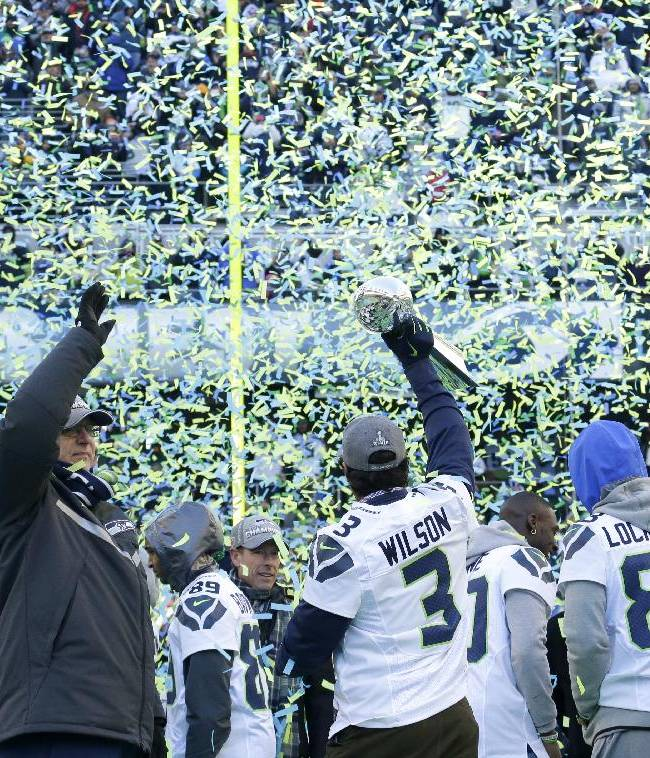 Seattle comes alive as huge crowds cheer Seahawks