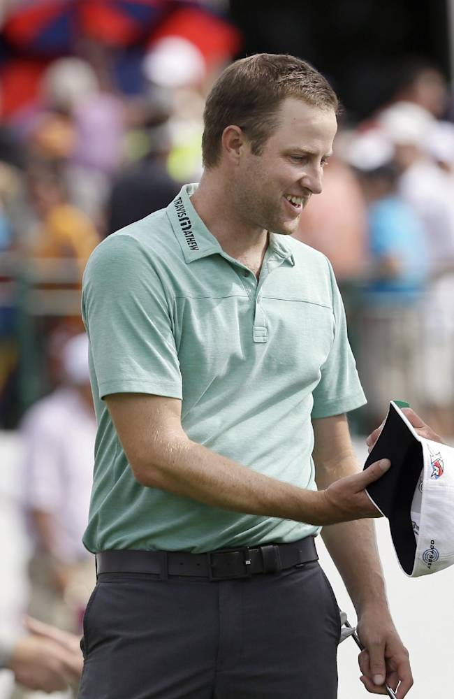 Kirk makes par putt at 18 to win Colonial; Spieth 2nd again