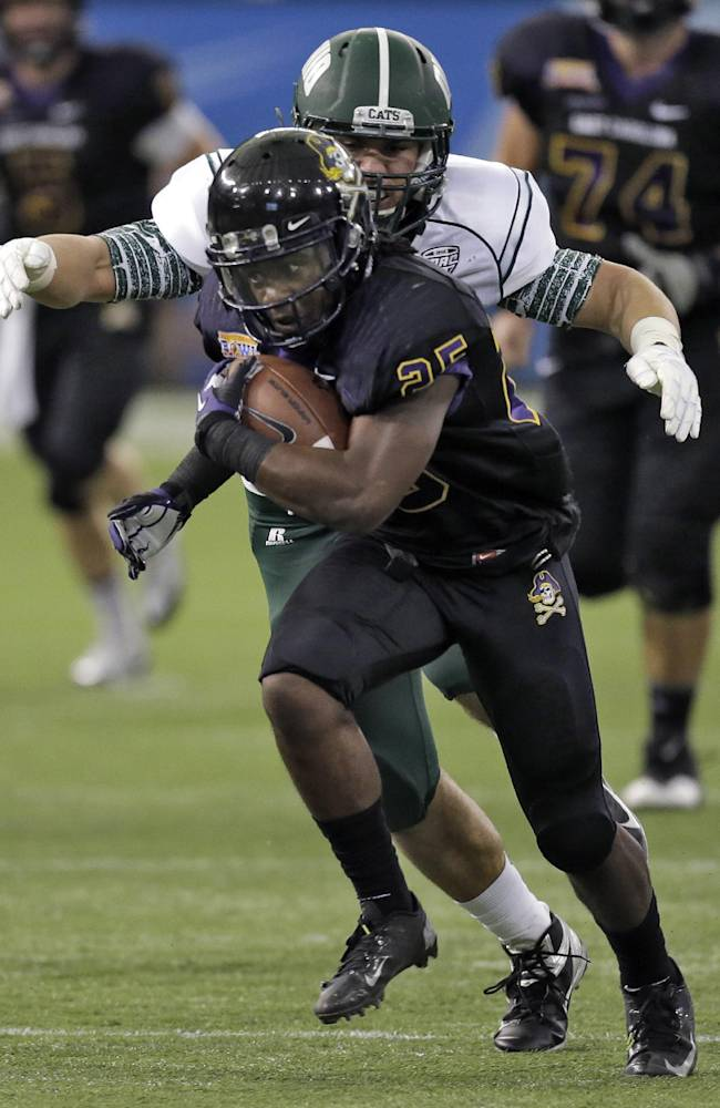 ECU wears down Ohio in Beef 'O' Brady's Bowl