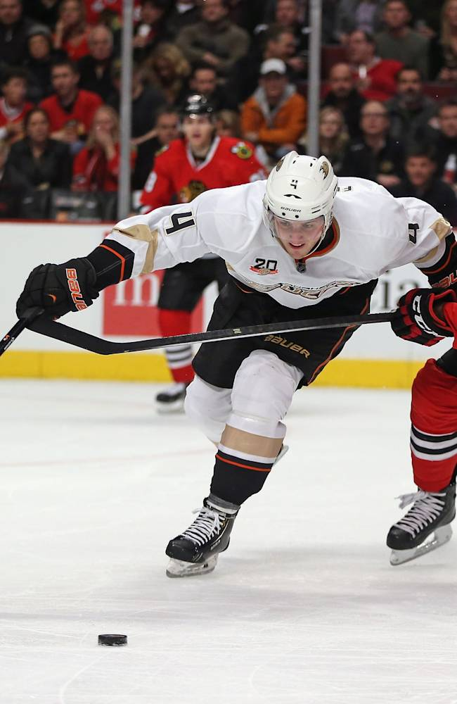 Anaheim Ducks v Chicago Blackhawks