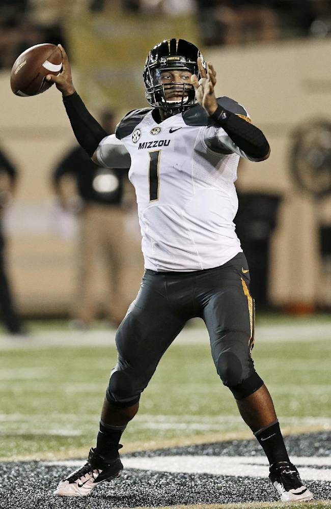 Missouri quarterback James Franklin passes against Vanderbilt in the first quarter of an NCAA college football game Saturday, Oct. 5, 2013, in Nashville, Tenn. Franklin threw for 278 yards and four touchdowns as Missouri won 51-28