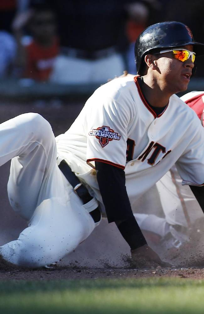 Pagan drives in winning run in Giants 3-2 win